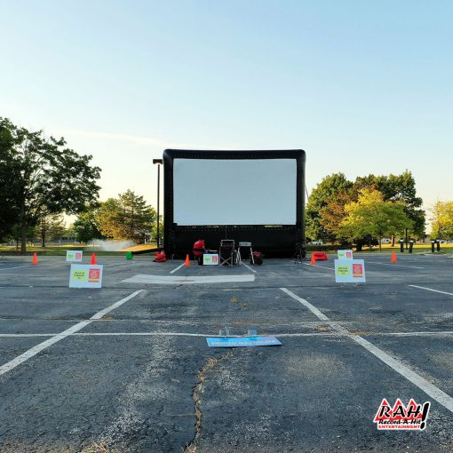 Inflatable-Movie-Screen-03-Record-A-Hit