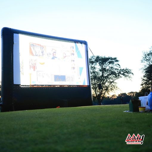 Inflatable-Movie-Screen-08-Record-A-Hit