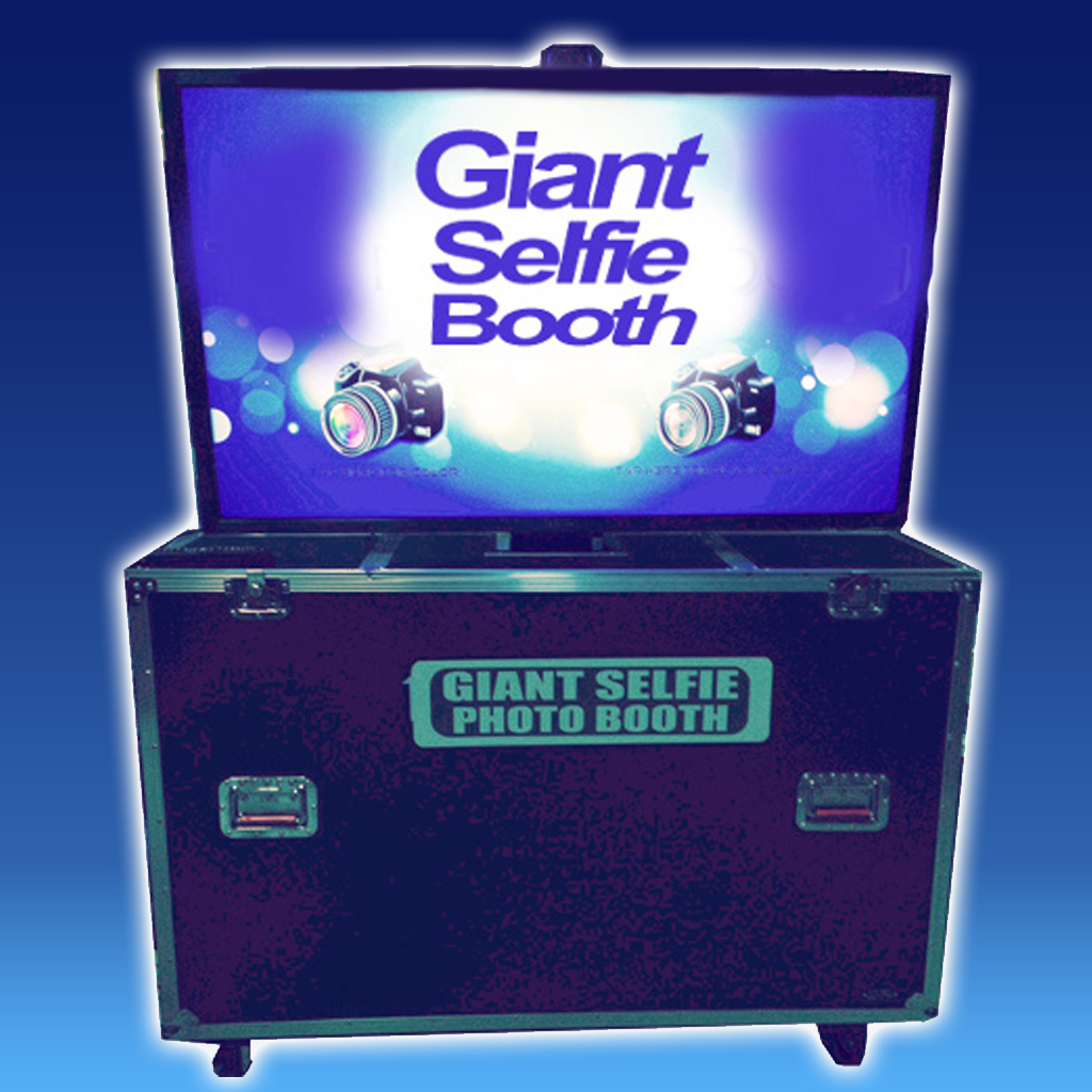 Giant Open Selfie Booth