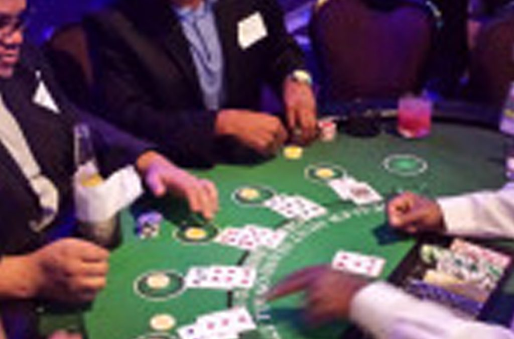 What do you need to host a great poker night? These 5 things.